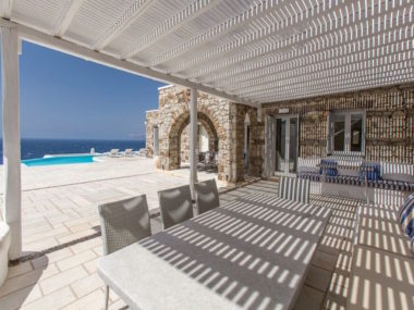 Casa Seaview in Mykonos - Naido Wedding