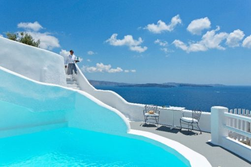 Kirini Suites & Spa in Santorini - Naido Wedding